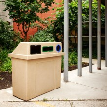 Outdoor Municiple Recycling & Waste Station